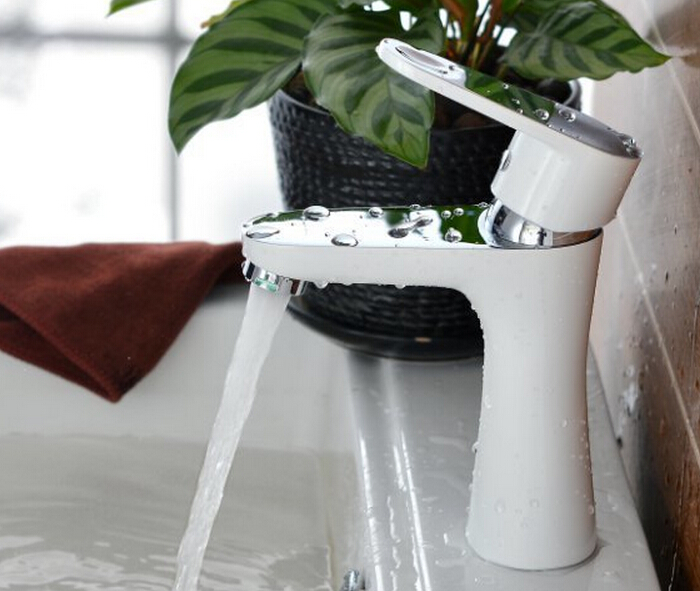 Free Shipping Deck Mount Waterfall Bathroom Faucet Vanity Vessel Sinks Mixer Tap Cold And Hot Water Tap BF252