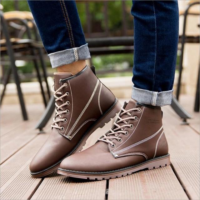 Homens Botas de Primavera/Outono Homens Sapatos Casuais Apartamentos Respirável couro PU Martin Botas de Alta Qualidade Cor Sólida Rendas-até Sapatos