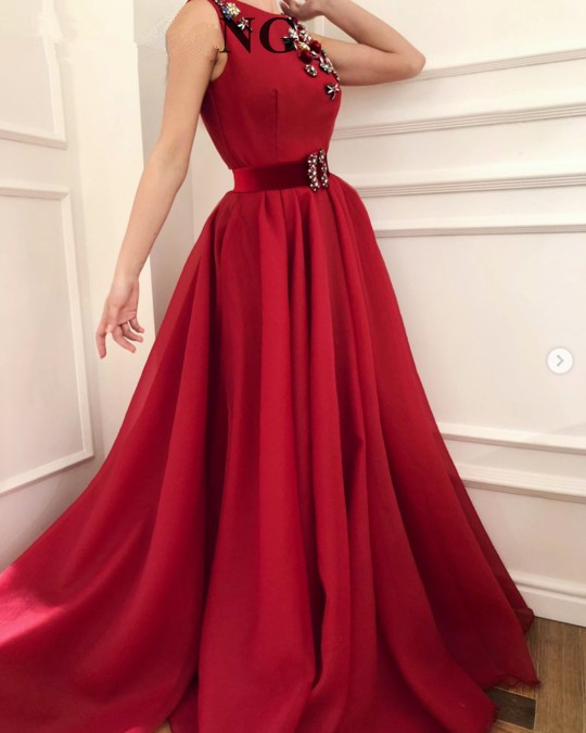 Burgundy Muslim   Evening     Dresses   2019 A-line Scoop Beaded Formal Islamic Dubai Saudi Arabic Long Elegant   Evening   Gown Prom Gown