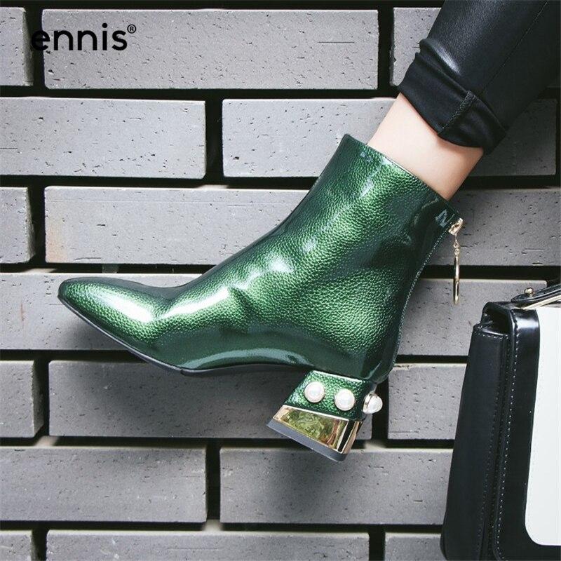 Ennis 브랜드 진주 구슬 뒤꿈치 여성 새 신발 플러스 크기 겨울 부츠 광장 발가락 특허 가죽 첼시 부츠 고품질 a7253-에서앵클 부츠부터 신발 의  그룹 1
