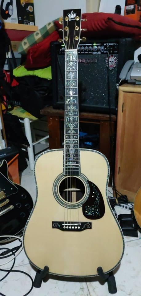 Livraison gratuite AAAAA tout solide guitare en bois personnaliser droit le meilleur D forme droit gaucher acoustique électrique guitare