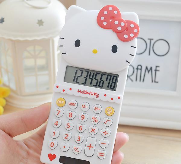 Prix pour 9 pcs/lot nouveau mignon école stretch de base électronique calculatrice hello kitty 8 digitals calcul cadeaux pour les filles
