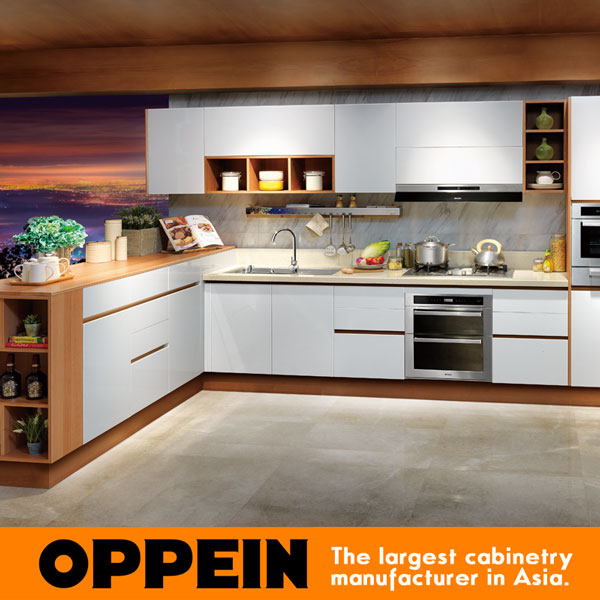 China Laminate Modern Kitchen Cabinet Simple Designs OP15 038
