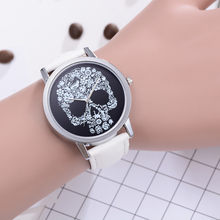 FanTeeDa Luxury Fashion Leather Band Analog Quartz Round Wrist Watch Watches Skull Head Pattern relogio feminino #180213D(China)