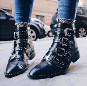 Autumn Female Martin Boots Women Studded Ankle Boots Black Real Leather Botas Leather Buckled Motorcycle Booties Size 35-42