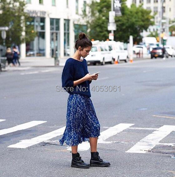 Vintage Style Black Blue With Contrast Floral Printed Long Skirt With Pleated Detail