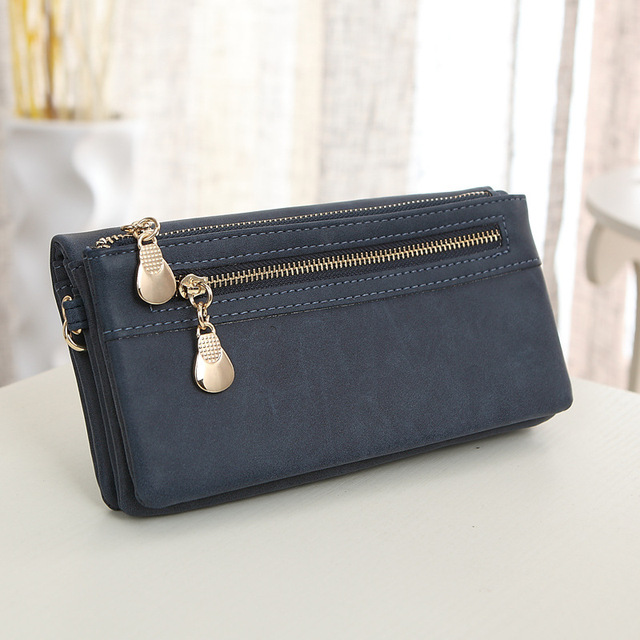 Clutch / Purse / Ladies Wristlet