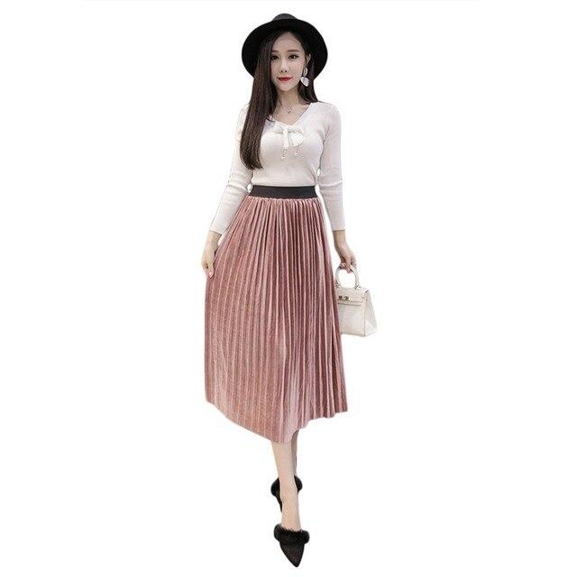 Solid Pleated Skirts Women Soft Long Section Gold Velvet High Waist Elastic Women  Black Skirt 2018 48ff86c7a