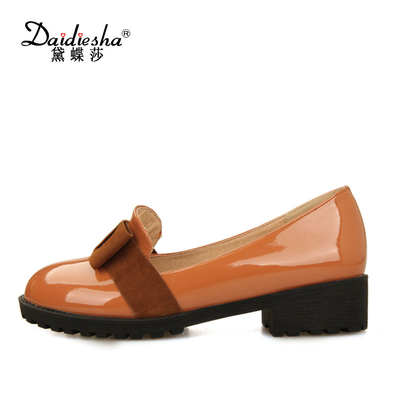2017 Spring Women Retro Pumps Solid Slip-On Sweet Butterfly-knot Round Toe Med Square Thick Heels Shallow Female Shoes Plus Size 2017 shoes women med heels tassel slip on women pumps solid round toe high quality loafers preppy style lady casual shoes 17
