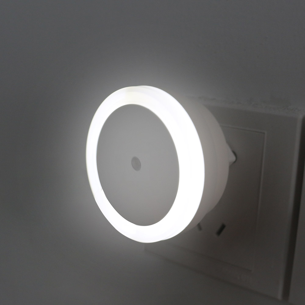 EU Plug LED Nightlight Lamp Night Light Sensor Wall Lamp Automatic Light 0.5W Sensor for bedroom Good for Baby DropshippingEU Plug LED Nightlight Lamp Night Light Sensor Wall Lamp Automatic Light 0.5W Sensor for bedroom Good for Baby Dropshipping