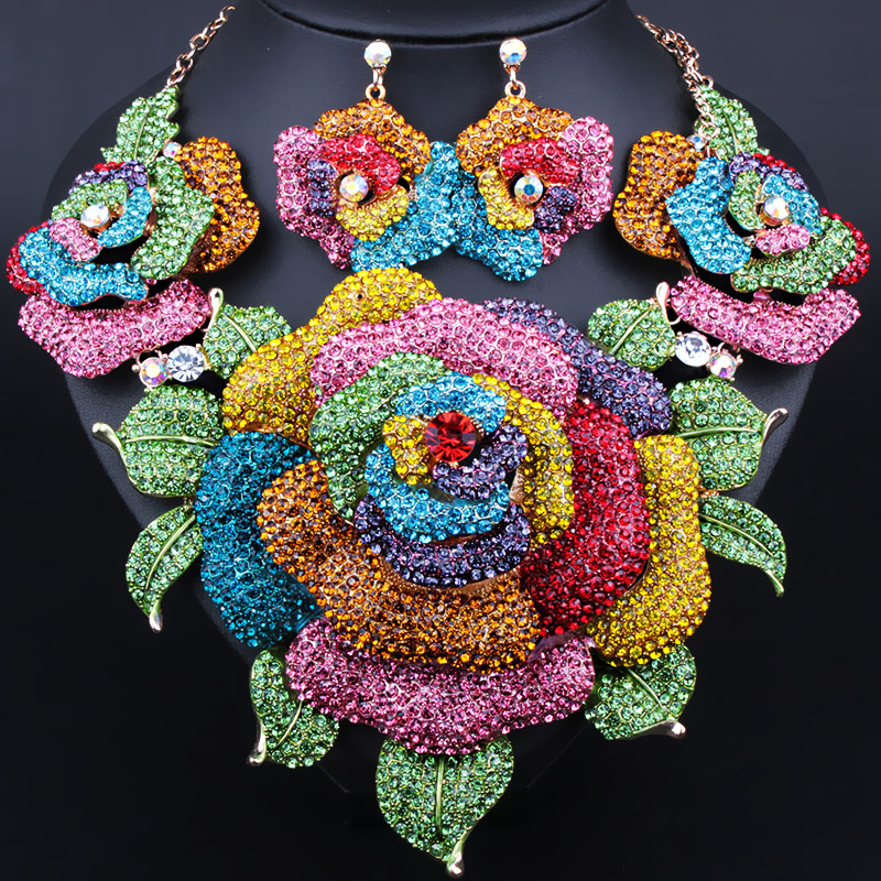 все цены на Wedding Jewelry Full Rhinestones Exaggerated Big flowers Necklace Earrings for Women African Bridal Jewelry sets онлайн