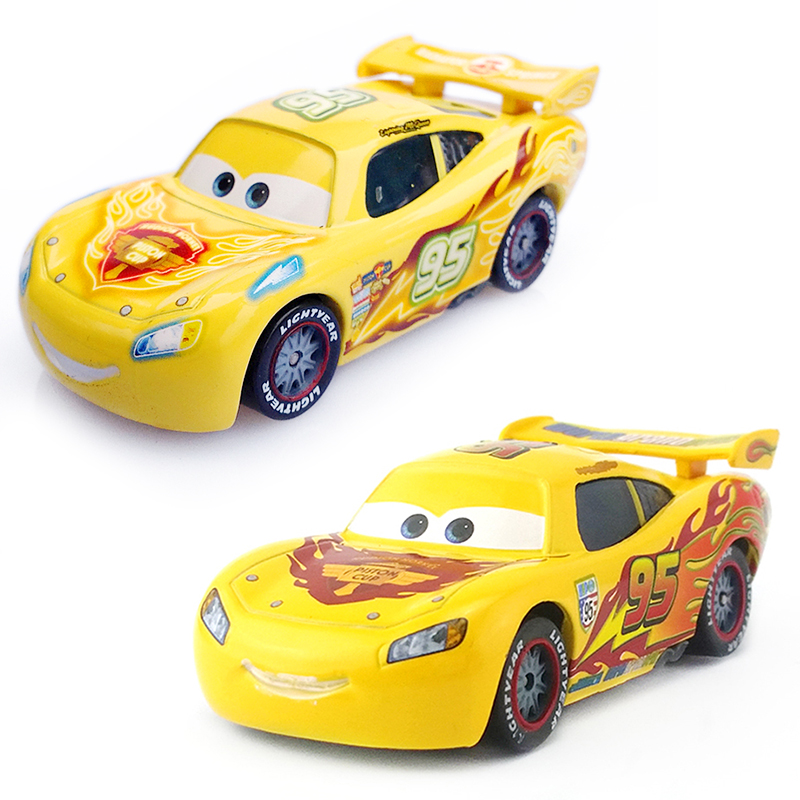Disney Pixar Cars 2 Lightning McQueen Yellow Painting Limited Collection 1:55 Diecast Metal Car Model Christmas Gift Toy For Kid