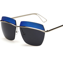 Ms fashion in Europe and the double color polarized sunglasses high quality metal sun glasses 2395 driving glasses and box