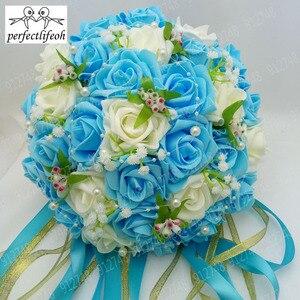 Image 5 - Perfectlifeoh Bouquet de fleurs de roses artificielles, Accents de dentelle de mariée en perles, Bouquet de mariage avec ruban, offre spéciale