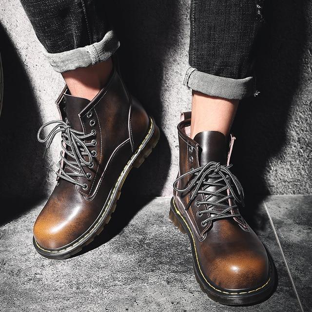 Retro Erkekler Martin Çizmeler Sıcak Kürk Kış Çizmeler Erkek Ayakkabı bağcıksız ayakkabı yarım çizmeler Yüksek Üst Ayakkabı 38-44