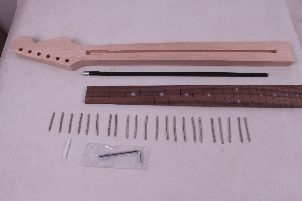 One electric guitar Neck New Solid wood 25.5'' 22 fret  rose  wood Fretboard 022# 1pcs black guitar neck electric guitar neck solid wood 25 5 22 fret new 008