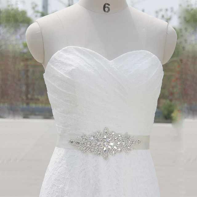 Women Belts100% Handmade Crystal Bridal Sash Belt Embroidery Flower Bead Belt Wedding Veil for Bridal wedding