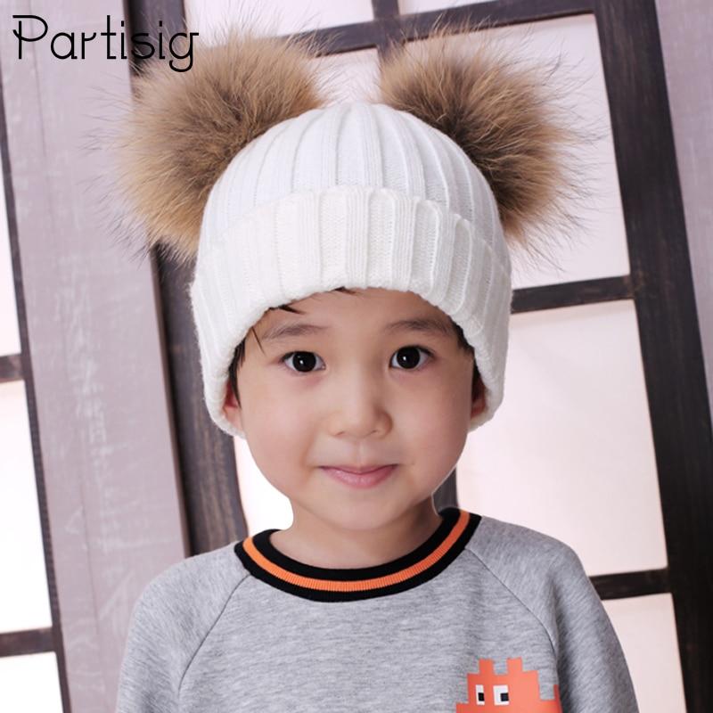 Partisig бренд для маленьких девочек шляпа Raccon Мех животных два мяч колпачки для маленьких девочек зимние детские Шапки шапки