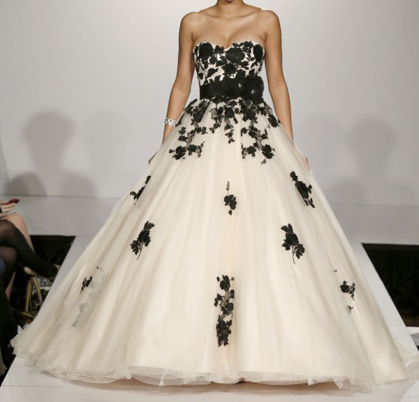 Wedding Ball Gowns 2014: 2014 New Princess Tulle White And Black Wedding Dresses