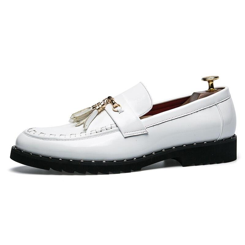 Couro Sapato Luxo Borlas Shoes Banquete Casamento Slip Hombre Oxfords Rebites on De Moda Preguiçosos Mocassins Mens Zapatos Liso HdOYwxY