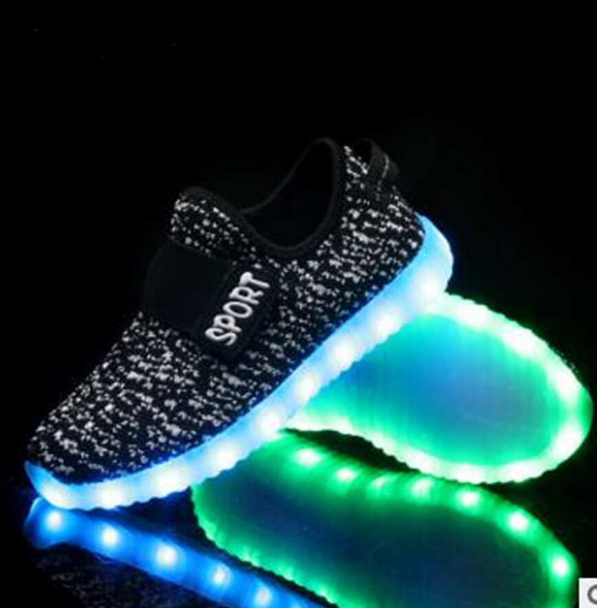 2016 fashion USB Kids LED Shoes Summer Mesh Fashion LED Sneakers Children s Breathable Sport Lighted