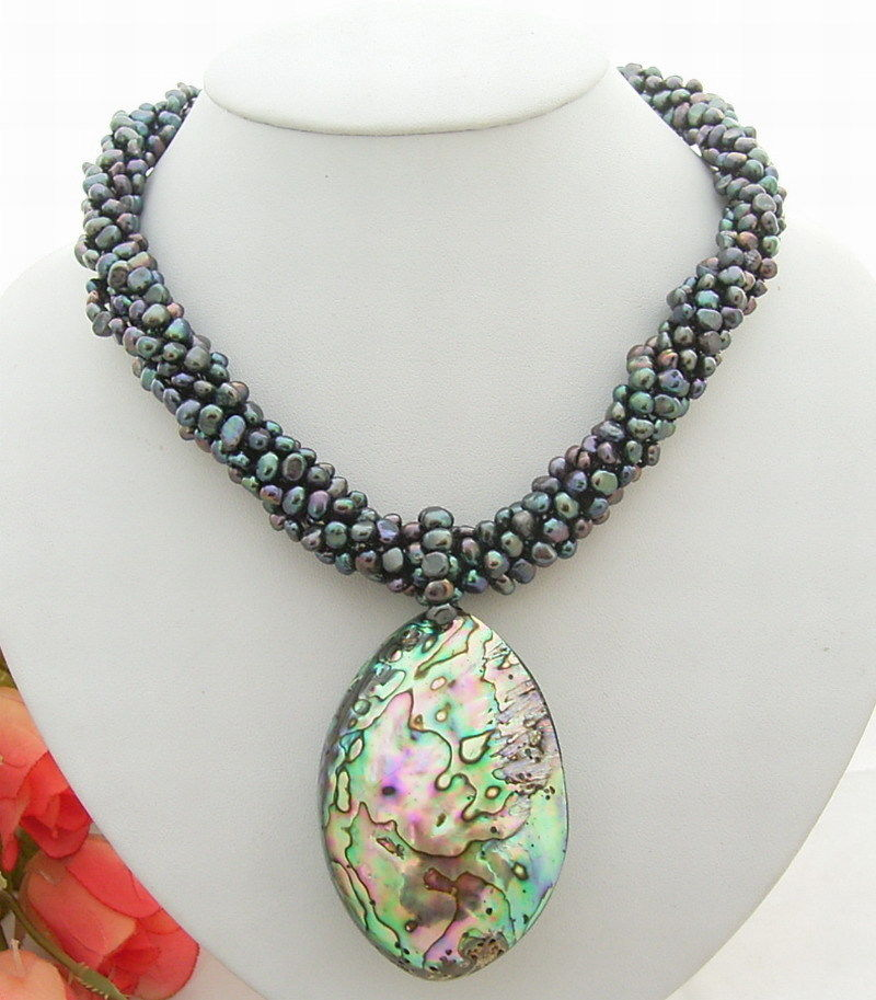6Strands Black Pearl&Shell Necklace-Cameo Clasp