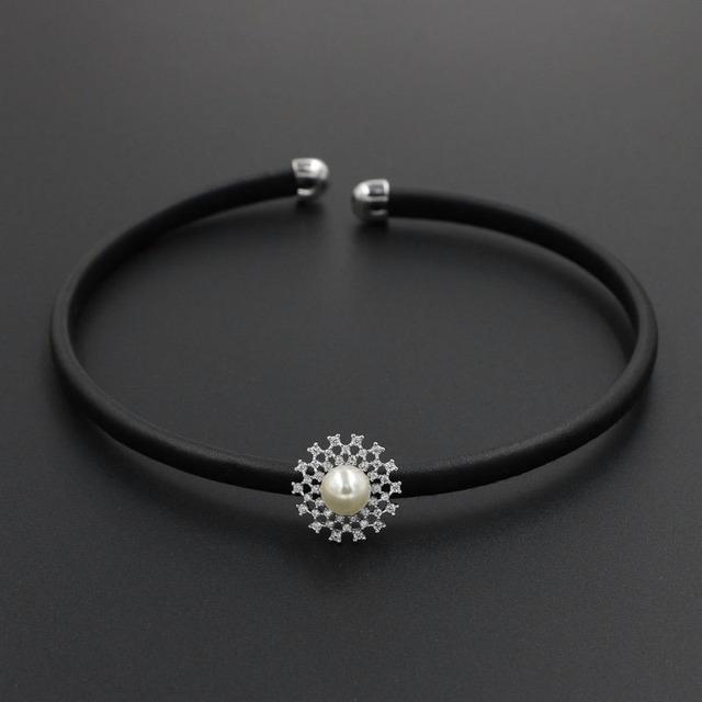 Gola colar de abertura do punk gótico de couro preto brilhante cubic zirconia flor pérola binários choker para mulheres