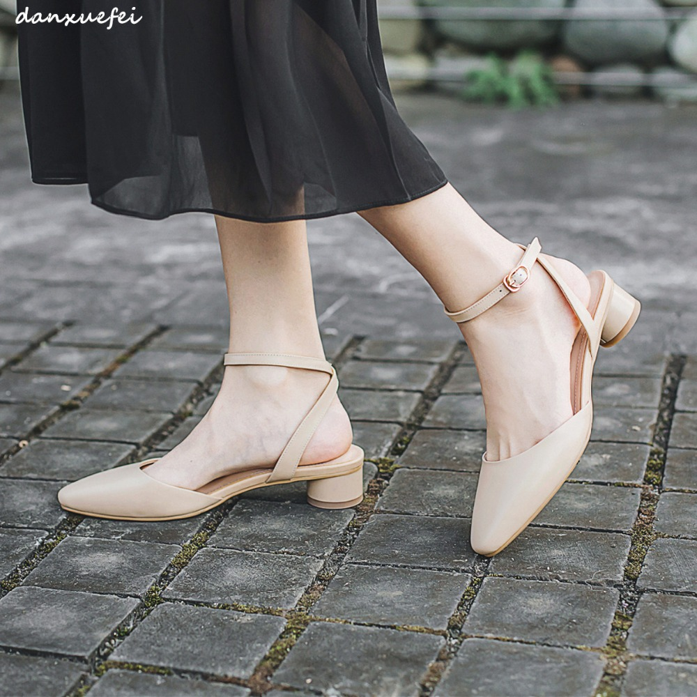 Womens genuine leather ankle strap flats sadals pointed toe girl summer sandalias student style leisure female footwear shoesWomens genuine leather ankle strap flats sadals pointed toe girl summer sandalias student style leisure female footwear shoes