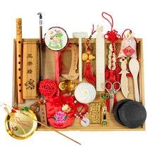Bebê pegando suprimentos semanais, envelhecido estilo chinês, riscando terno, novos adereços, masculino e feminino brinquedos do bebê