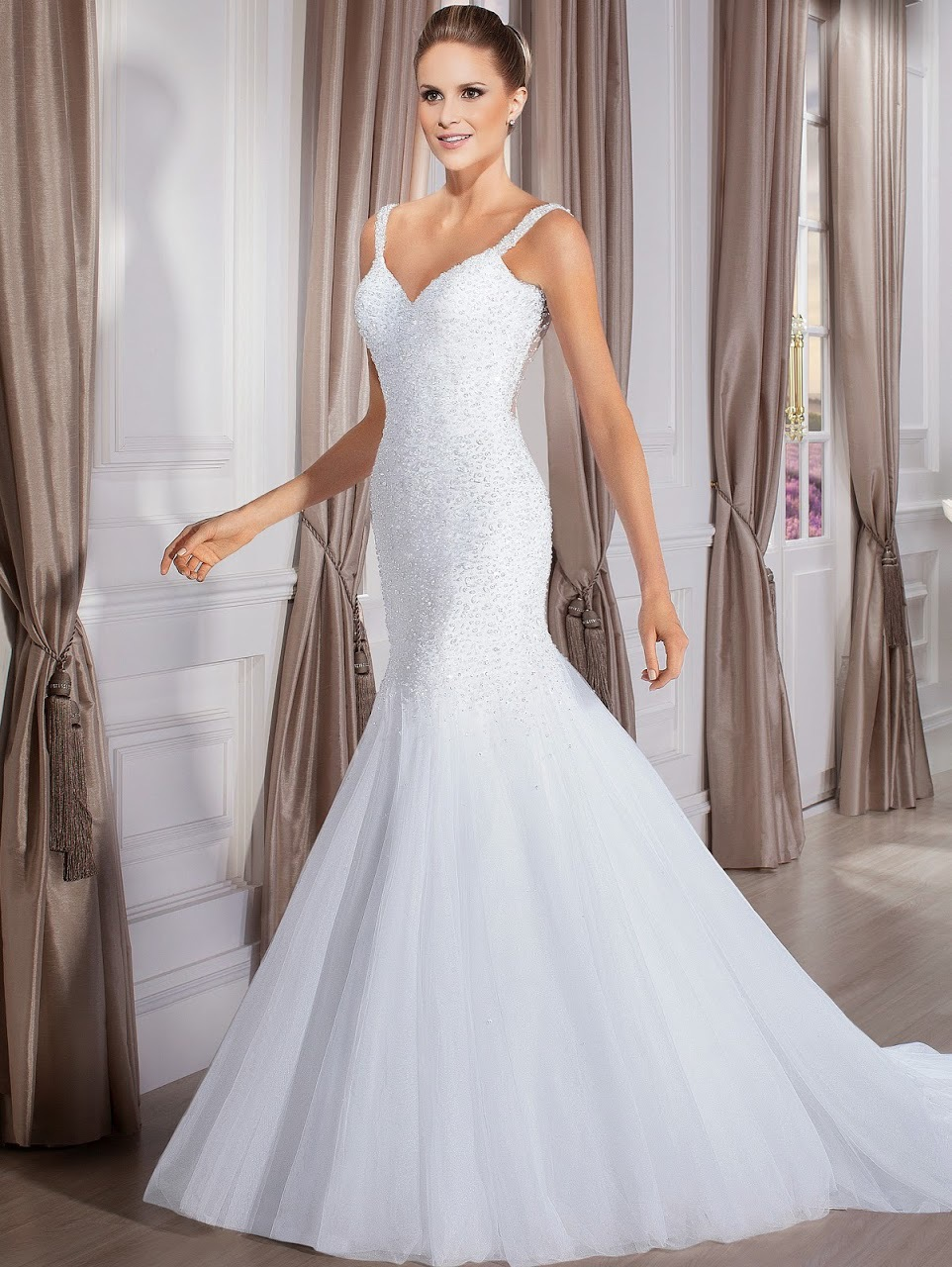 Vestido de noiva sereia spaghetti strap beading white for Tight fitted mermaid wedding dresses