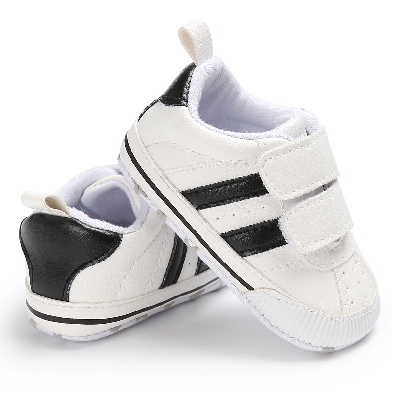 2018 Baby First walkers Crib shoes New arrive Striped moccasin Newborn Girls shoes Toddler Pre walkers soft sole sneaker 0-18 M