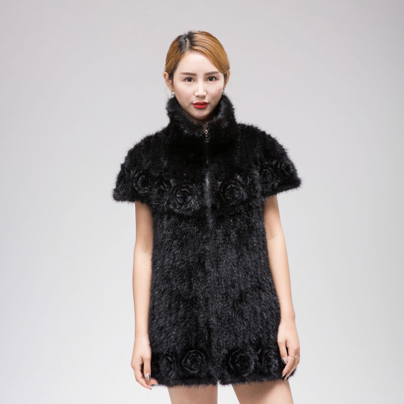 Mink knitted coat The real fur knitted jacket Stylish Lapel bat sleeve A woman with flowers