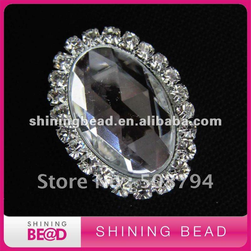Кристалл овальной формы горный хрусталь брошь+ высокое качество