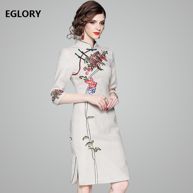 2e76f0f5b0986 US $59.75 28% OFF New Brand Chinese Style Qipao Dress 2019 Spring Autumn  Party Vestidos Women Floral Embroidery Bodycon Cotton Dress Elegant  Femme-in ...