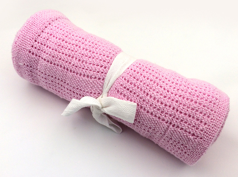 Купить с кэшбэком Baby Blanket Newborn Summer Breathable Cotton Sleeping Blanket Kids Car/Crib Simple Casual Hole Wrap Swaddling Blankets