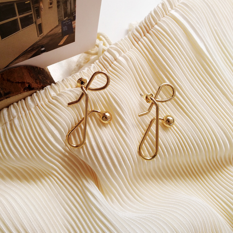 Fashionable individual character unique metal simple geometry irregularity earrings for women jewelry