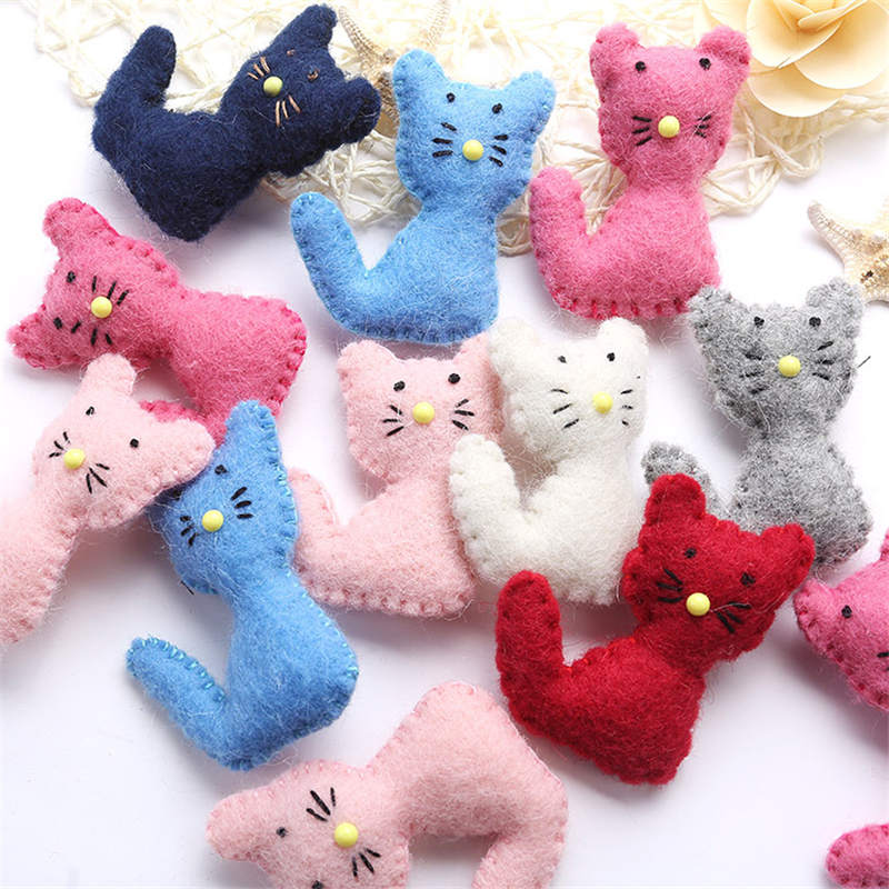 1PC Cat Animal Wool Felt DIY Craft Poke DIY Kits Multiuse Christmas Tree Decorations Brooch Children Hair Band Pink White Blue