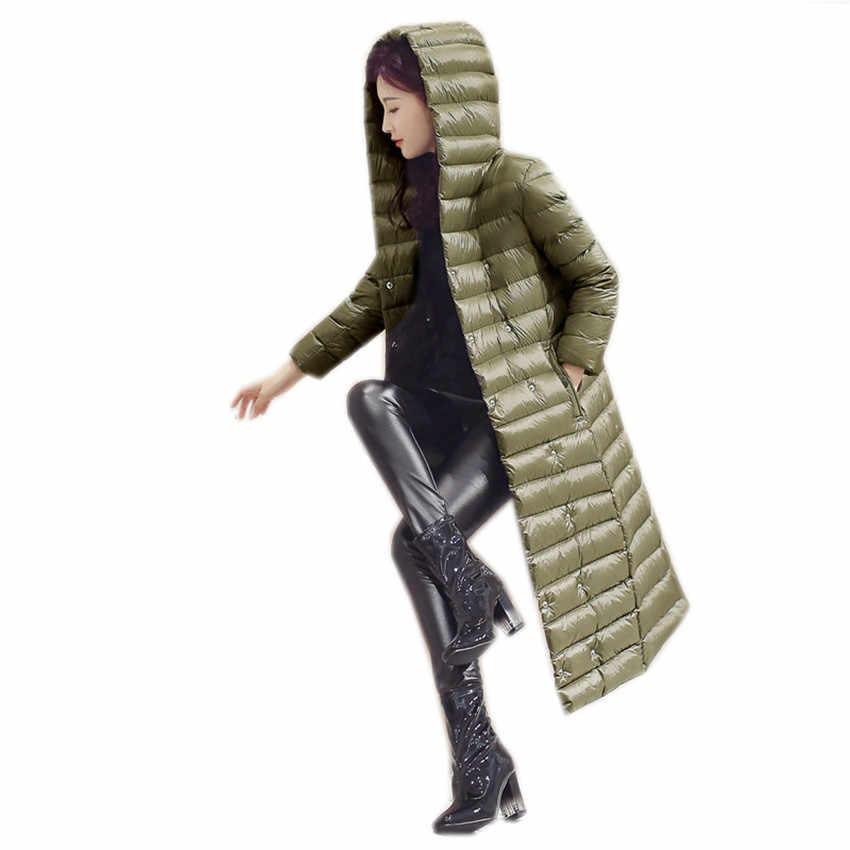 Новые зимние Для Женщин Легкая зимняя куртка-пуховик длинное пуховое пальто леди тонкий плюс Размеры белая утка вниз куртка пальто с капюшоном женские куртки WZ107