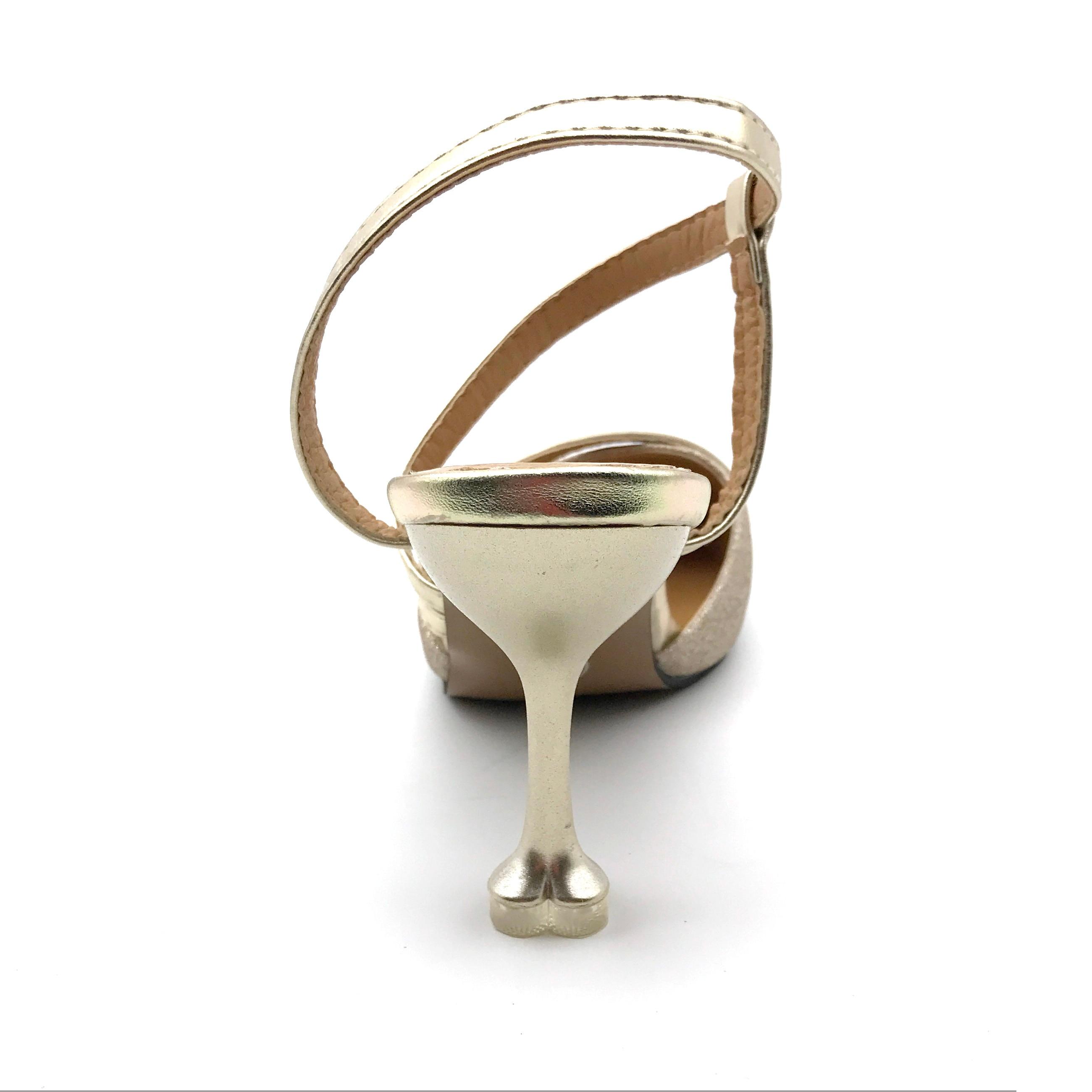 Niedlich Silber Kleid Schuhe Für Hochzeit Galerie - Brautkleider ...