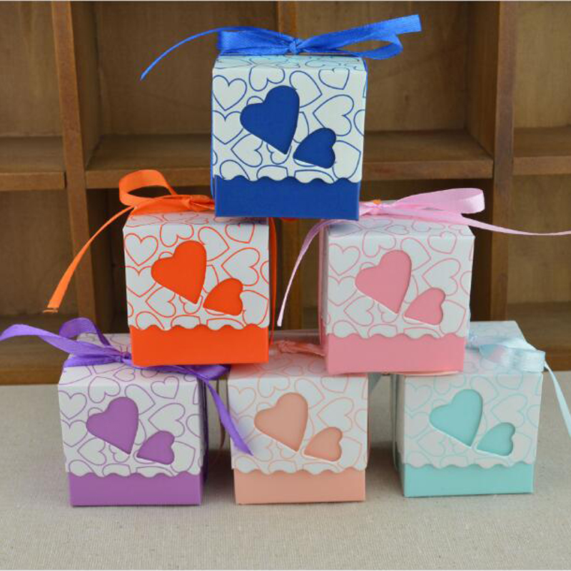 10pcs Love Heart Laser Cut Hollow Gift Candy Boxes Wedding Party Favor Gifts Bags With Ribbon Wedding Birthday Party Supplies