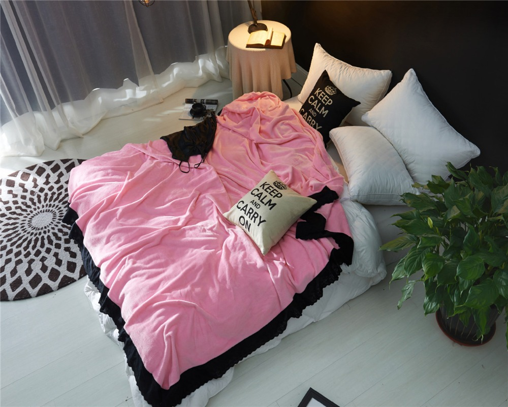 New Stylish Flannel Blanket With Black Lace Winter Warm Blankets For Beds  Pink Color Throw Blanket