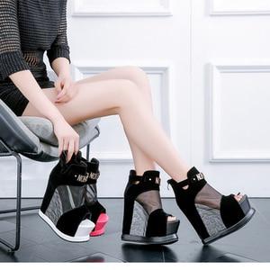 Image 4 - חדש פלוק קרסול מגפי נעלי נשים סנדלים סקסי הולו גבוהה מדרון עם נעליים אחד פה דגים עבה טריזי תחתון קצר מגפיים