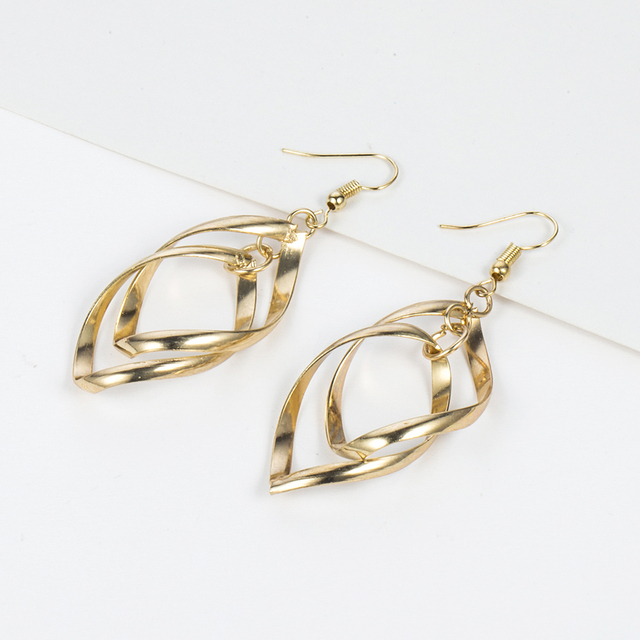 TOMTOSH Hot Sale Simple Hollow Rhombus Hollywood Star Ziyi Zhang Stud Earrings for Women Girl Piercing Jewelry