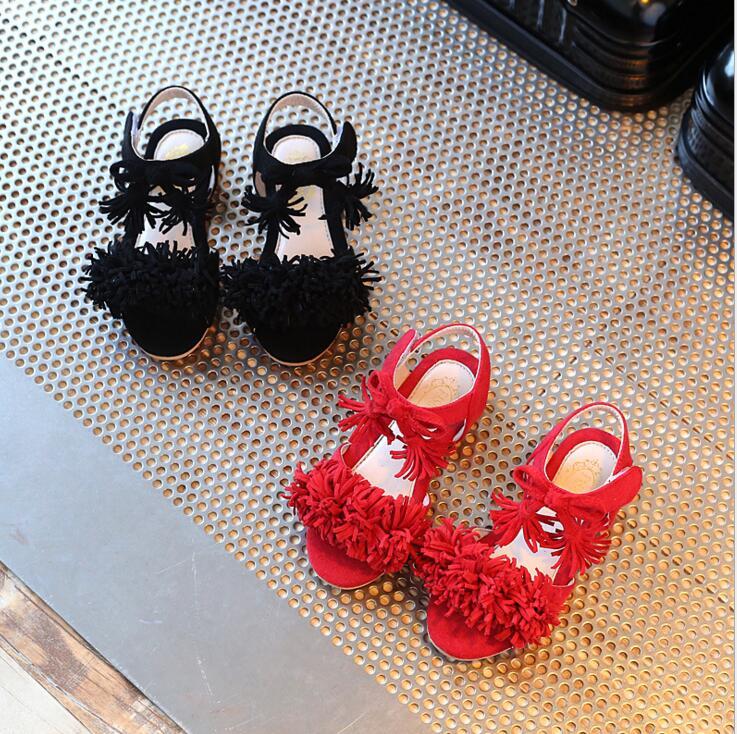 2017 Новый стиль моды детская обувь дети Девушка Сандалии Принцесса розовый красный Цветок Девушка Лето Нубук туфли для Танцев