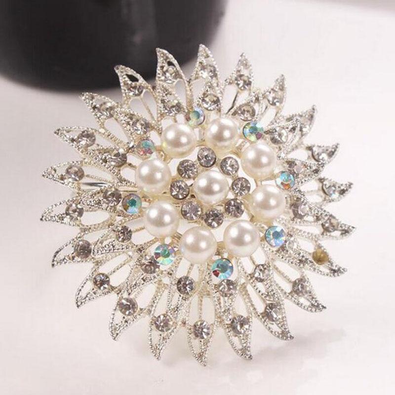 100pcs Exquisite Pearl Rhinestone Napkins Buckle Holder Diamond Napkin Rings Restaurant Hotel Wedding Table Decoration ZA3624