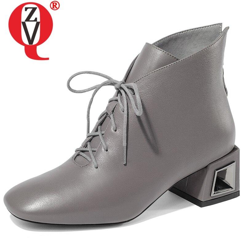 ZVQ 2019 nieuwe beknopte hoge kwaliteit lederen vierkante teen cross gebonden med vierkante hak zip vrouwen schoenen winter buiten booties-in Enkellaars van Schoenen op  Groep 1