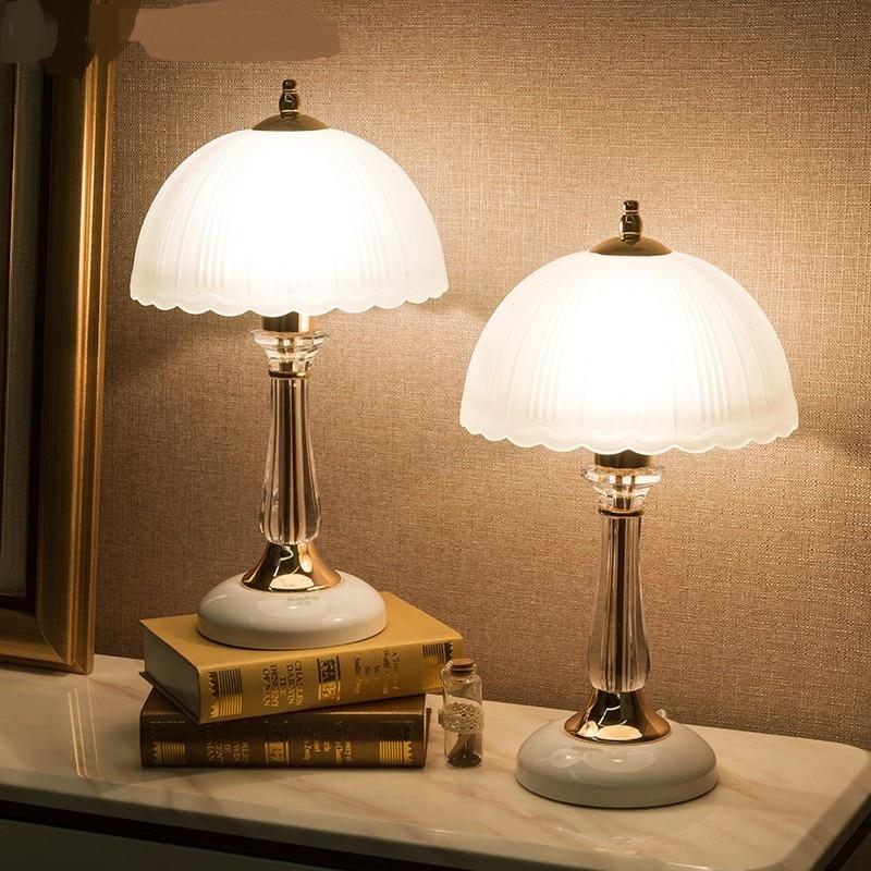 Crystal White Iron Nostalgic Table Lamps Creative Bedroom Bedside Lamp  Study Room Living Room Glass Table Lights Desk Lamp FG819