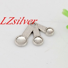 Hot Sale ! 100pcs 21x14.5mm Antique Silver Alloy Single-sided Measuring Spoons Cooking Baking Chef Kitchen charm DIY Jewelry