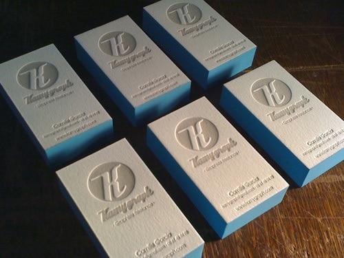 Nouvelle Beaute 600gsm Coton Blanc Doux Papier Carte De Visite Personnalise Imprime En Creux