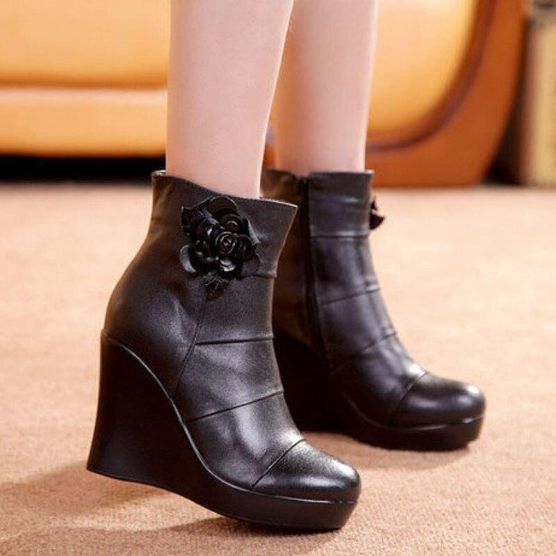 Image 2 - GKTINOO/2019 ботинки из натуральной кожи; сезон осень зима; женские ботильоны; женские ботинки на танкетке; женские ботинки; обувь на платформе-in Полусапожки from Обувь